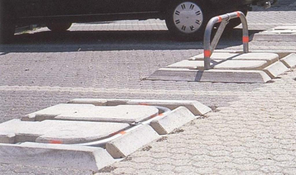 Parkeerbeugel model A (beugelbescherming op maaiveld)